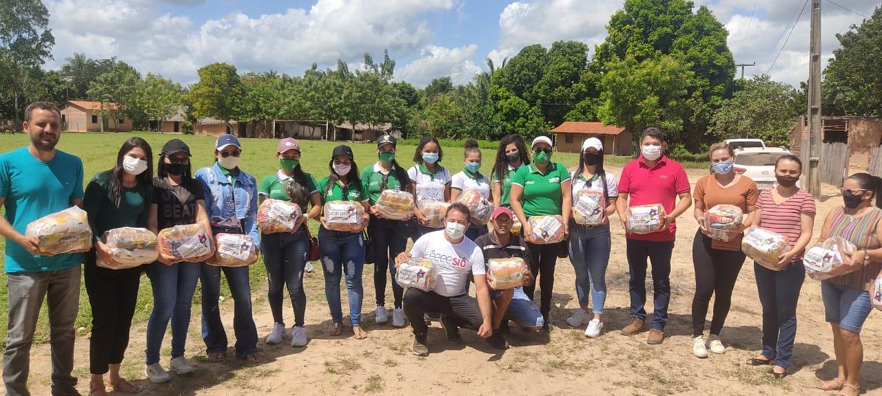 Comida na Mesa: Prefeitura de Lago Verde entrega cestas básicas, para famílias carentes do município.