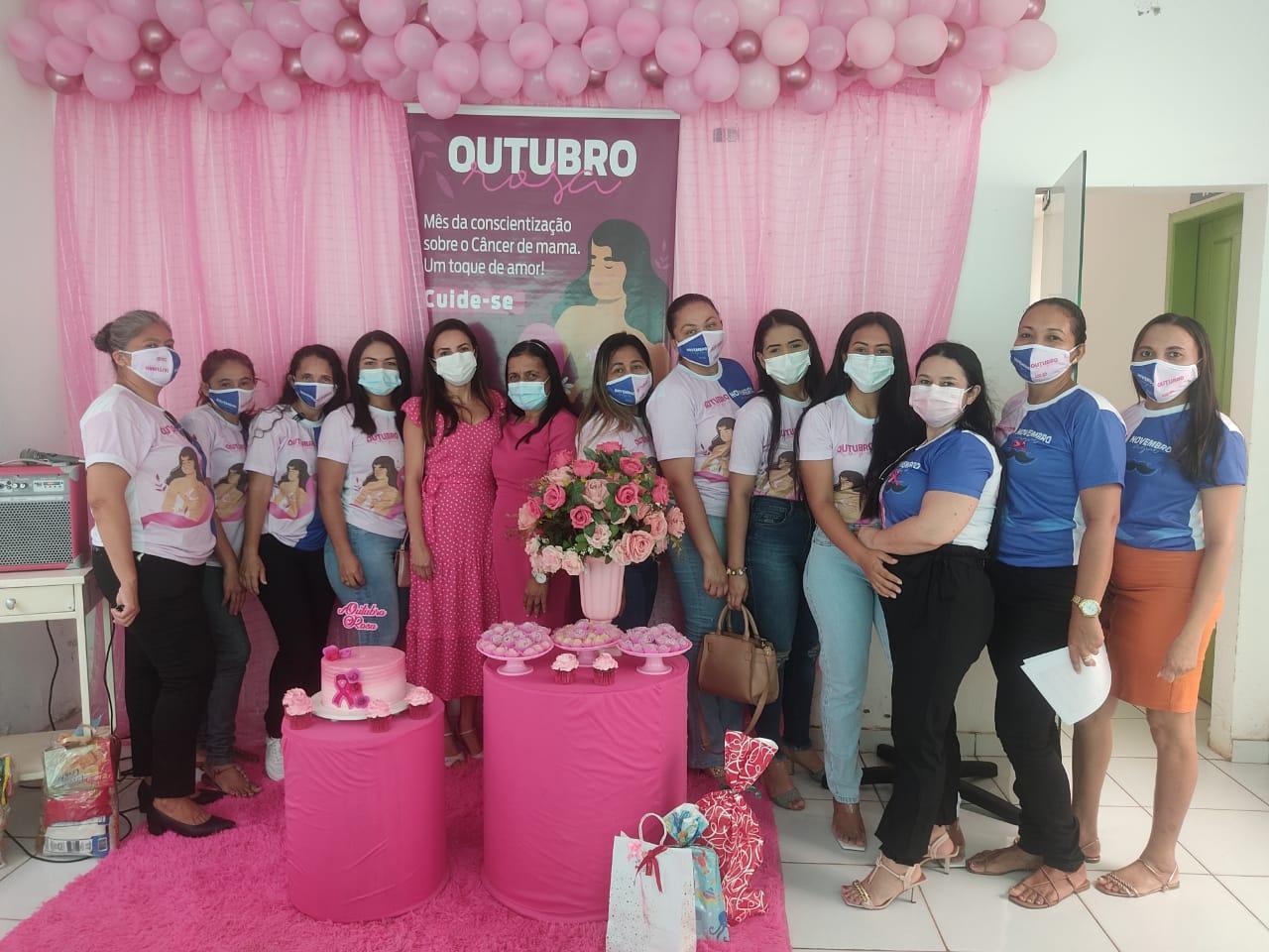 Secretaria de Saúde realiza ação referente ao Outubro Rosa.
